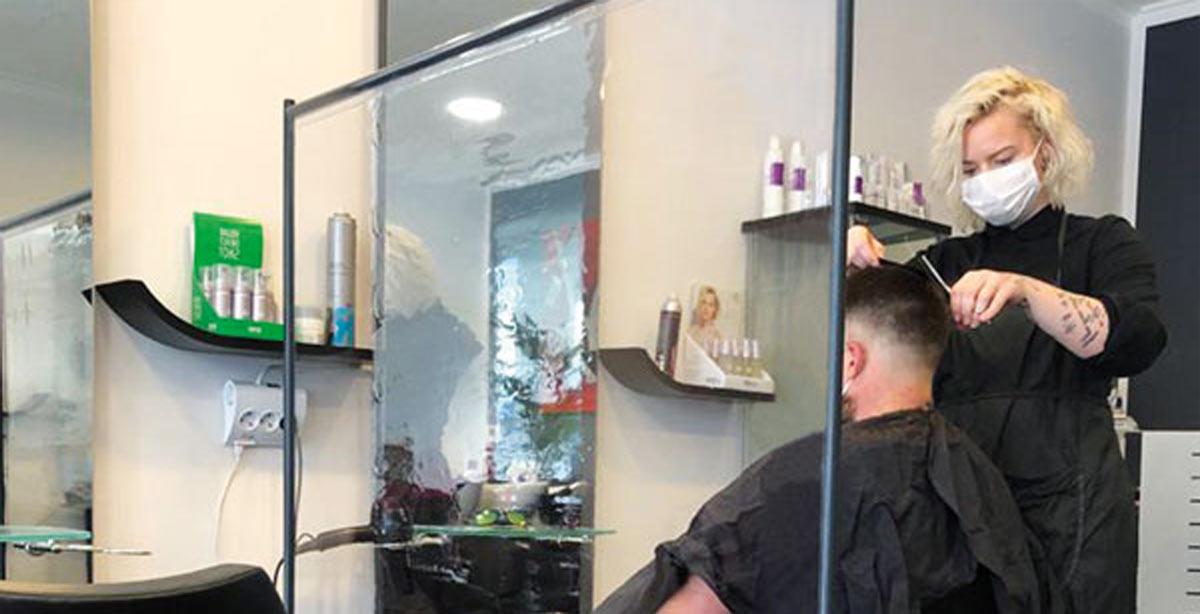 SKM-Care-frisoer-friseur-schutzwand